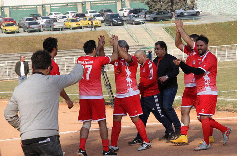houmanjavadi-bye-football
